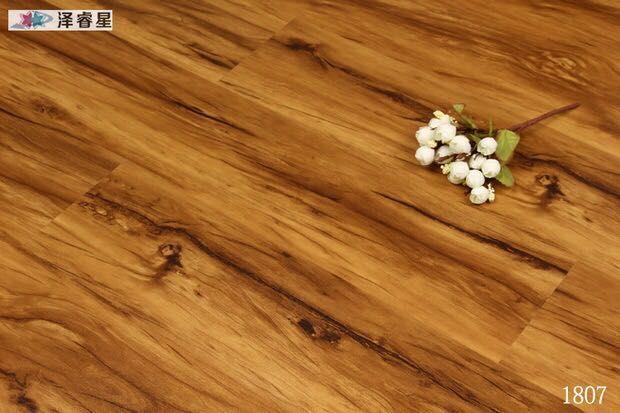 厂家佛山直销防水免胶石塑地板 出口4mm仿古浮雕木纹PVC锁扣地板