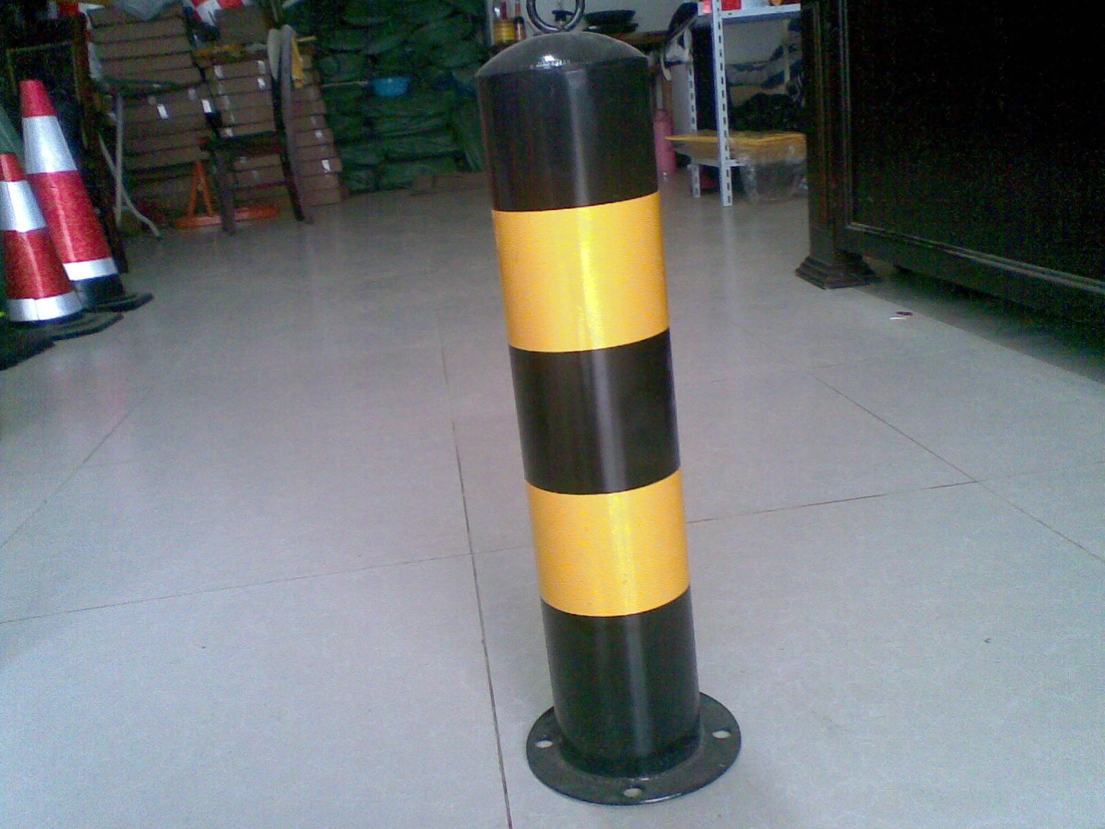 连云港反光柱制作批发防撞立柱价格