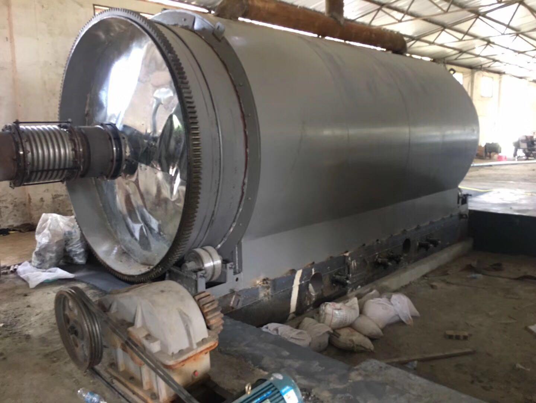 廢輪胎再生煉制燃料油裂解機械