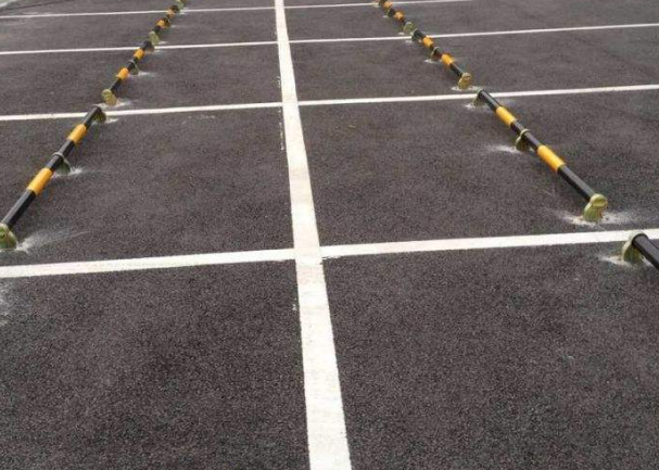 白云区钢管挡车器挡轮杆 钢管定位器停车位挡车器交通设施