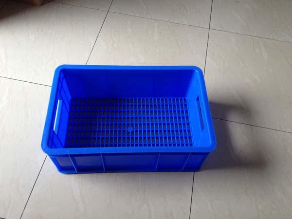 潮州塑料底部穿孔周转箱食品箱