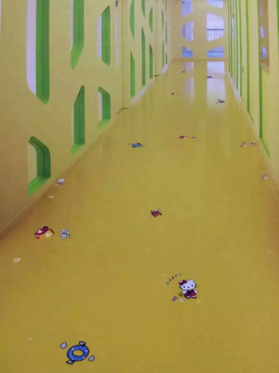 临沂幼儿园塑胶地板,