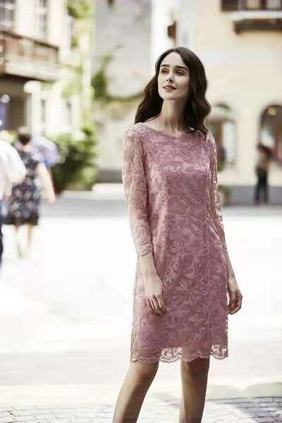 春夏时尚连衣裙|品牌折扣女装尾货|专柜女装进货渠道