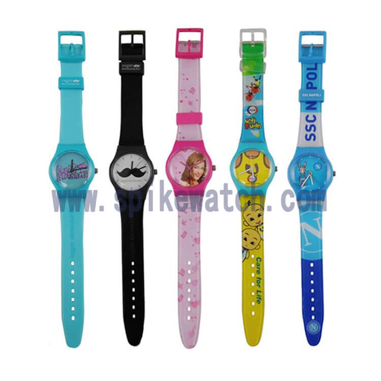 厂家定制新款SWATCH款式塑胶礼品手表可按要求定制