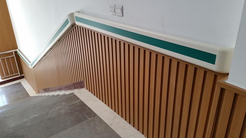 厂家直销pvc防撞扶手 走廊通道安全扶手