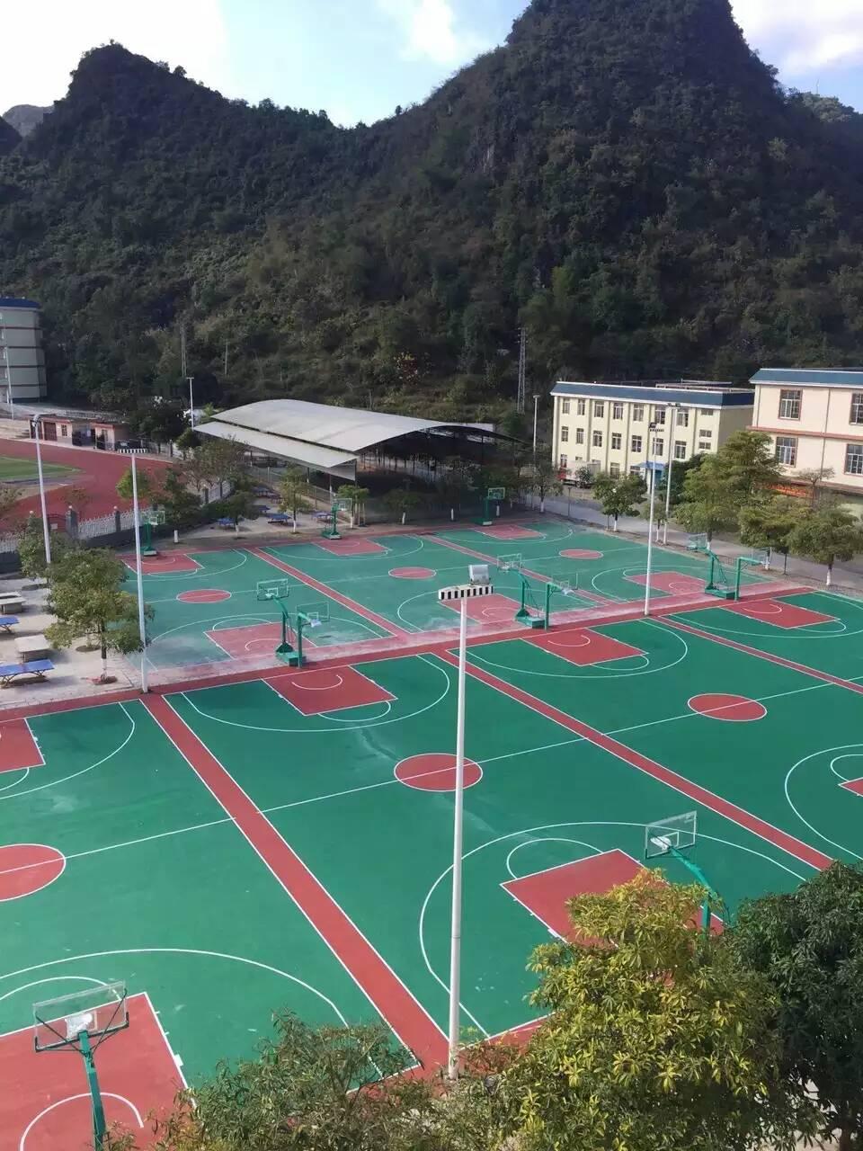 南寧丙烯酸籃球場-室內外籃球場施工-羽毛球場 球場材料 硅PU籃球場