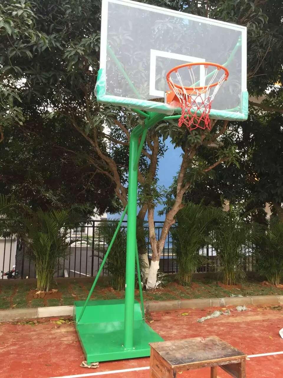 廣西安裝籃球架多少錢