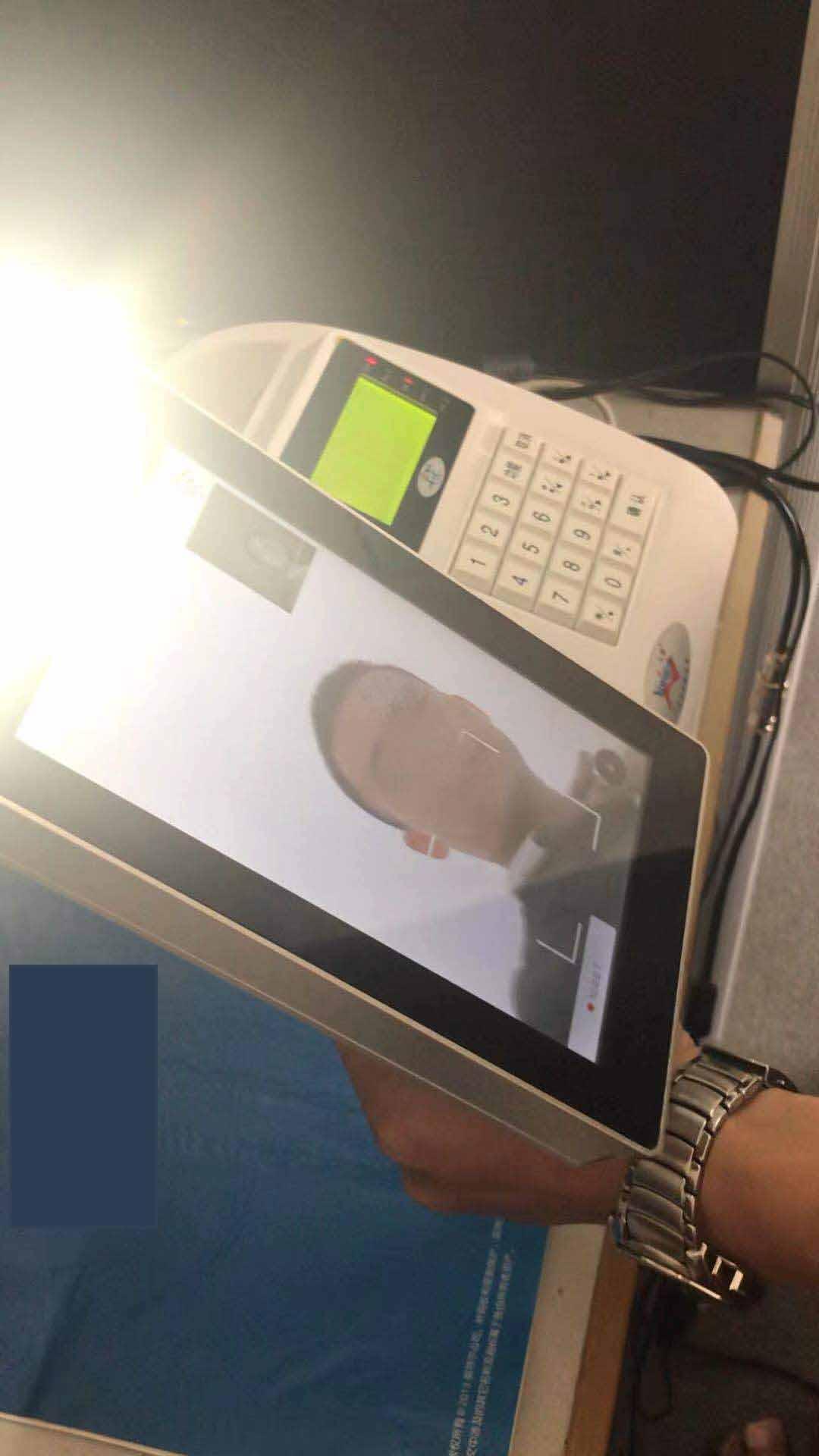 食堂人脸消费扣款机,食堂人脸识别系统,人脸识别售饭机