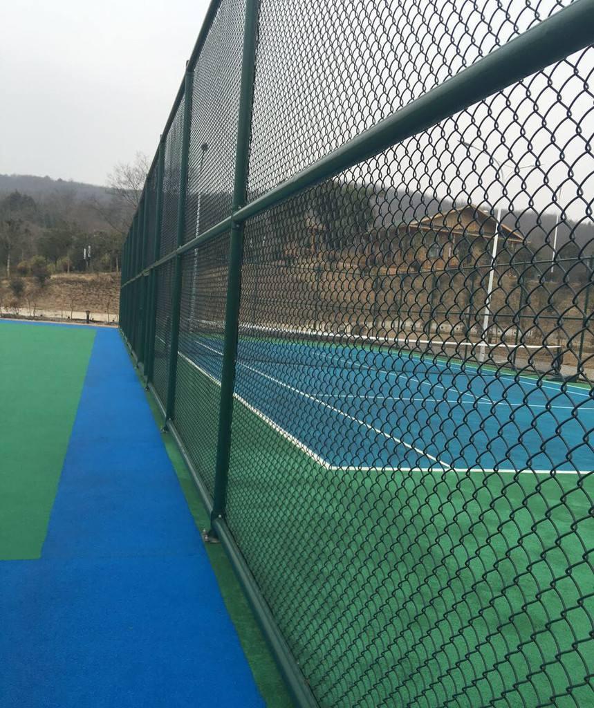 球場安裝鋼絲護欄圍網-南寧廠家專業安裝