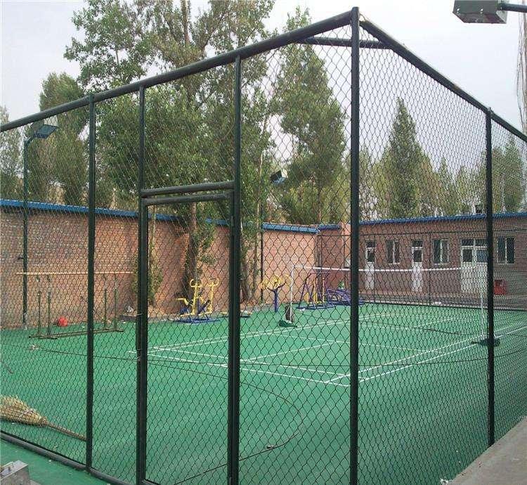 南寧體育場圍欄安裝-籃球場圍欄廠家廣西包施工