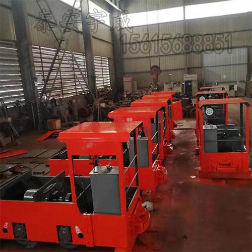 矿用防爆柴油机钢轮普轨机车 防爆柴油牵引机车节能高效
