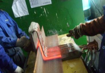 電力鐵塔角鋼火曲加熱設備