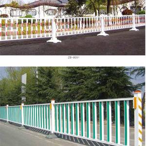日照护栏有限公司【欢迎您】高速公路护栏板的使用需要々做好哪些养护工作此地不宜久留?