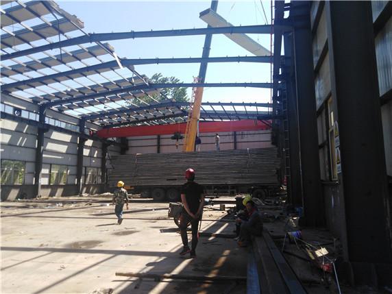 北京市閑置鋼結構廠房回收(大量回收鋼結構天車)