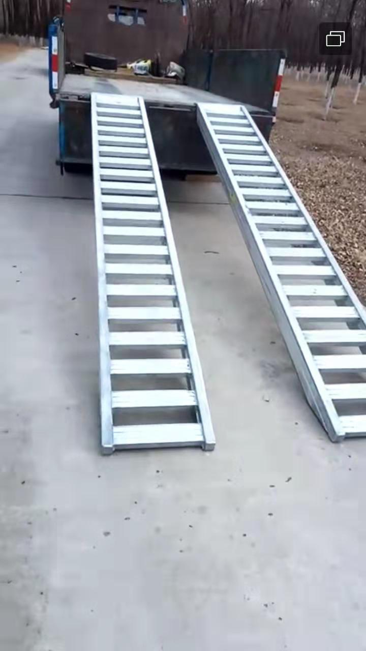 叉车轨道铝爬梯,叉车铝合金爬梯,高强度铝爬梯