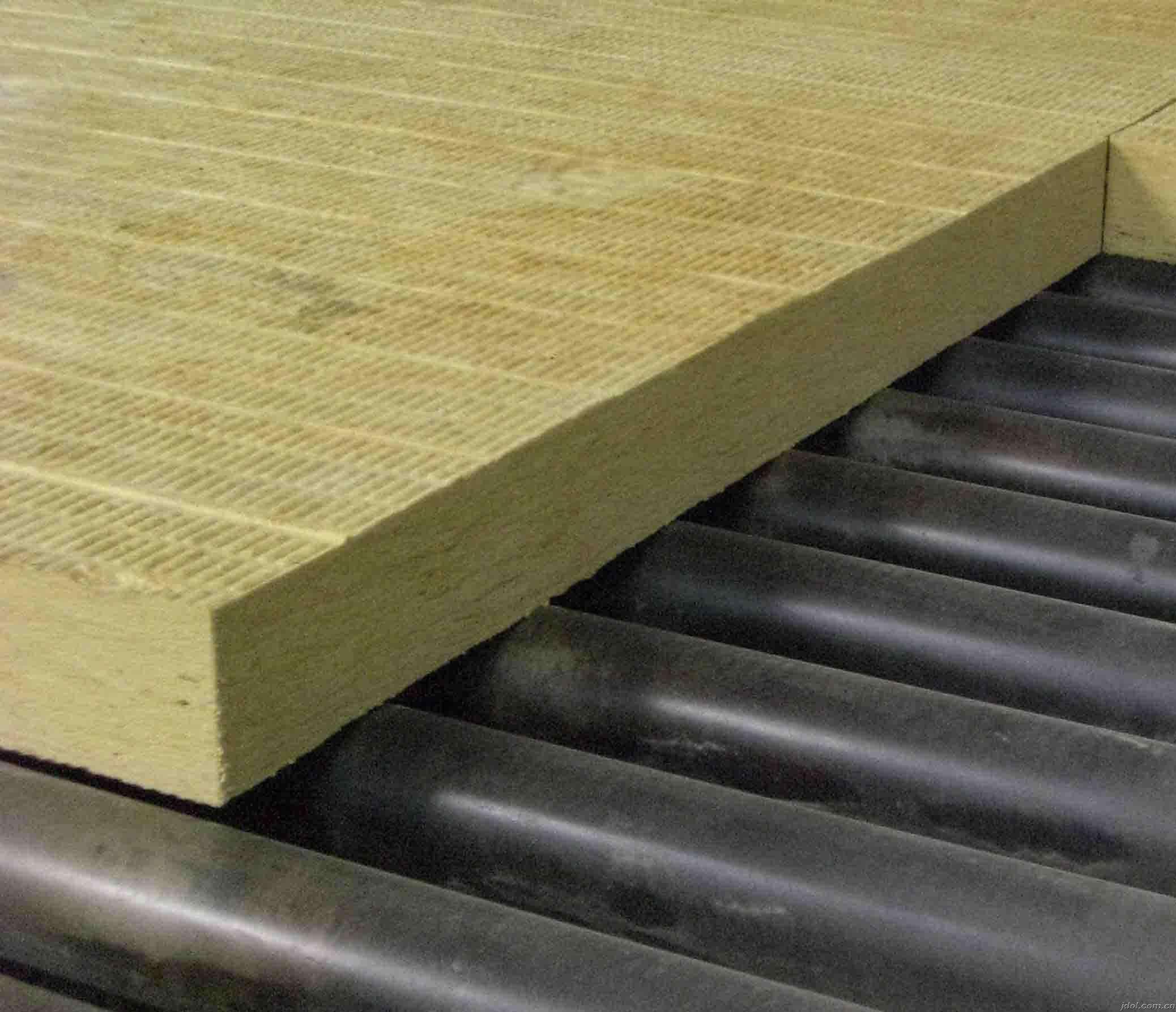厂家直销隔热材料防复合火岩棉板 A级玄武岩棉板 高密外墙岩棉保温版