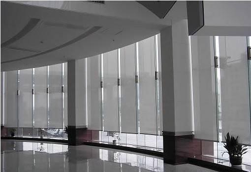 电动窗帘批发定制:挑选办公窗帘需要注意哪些?