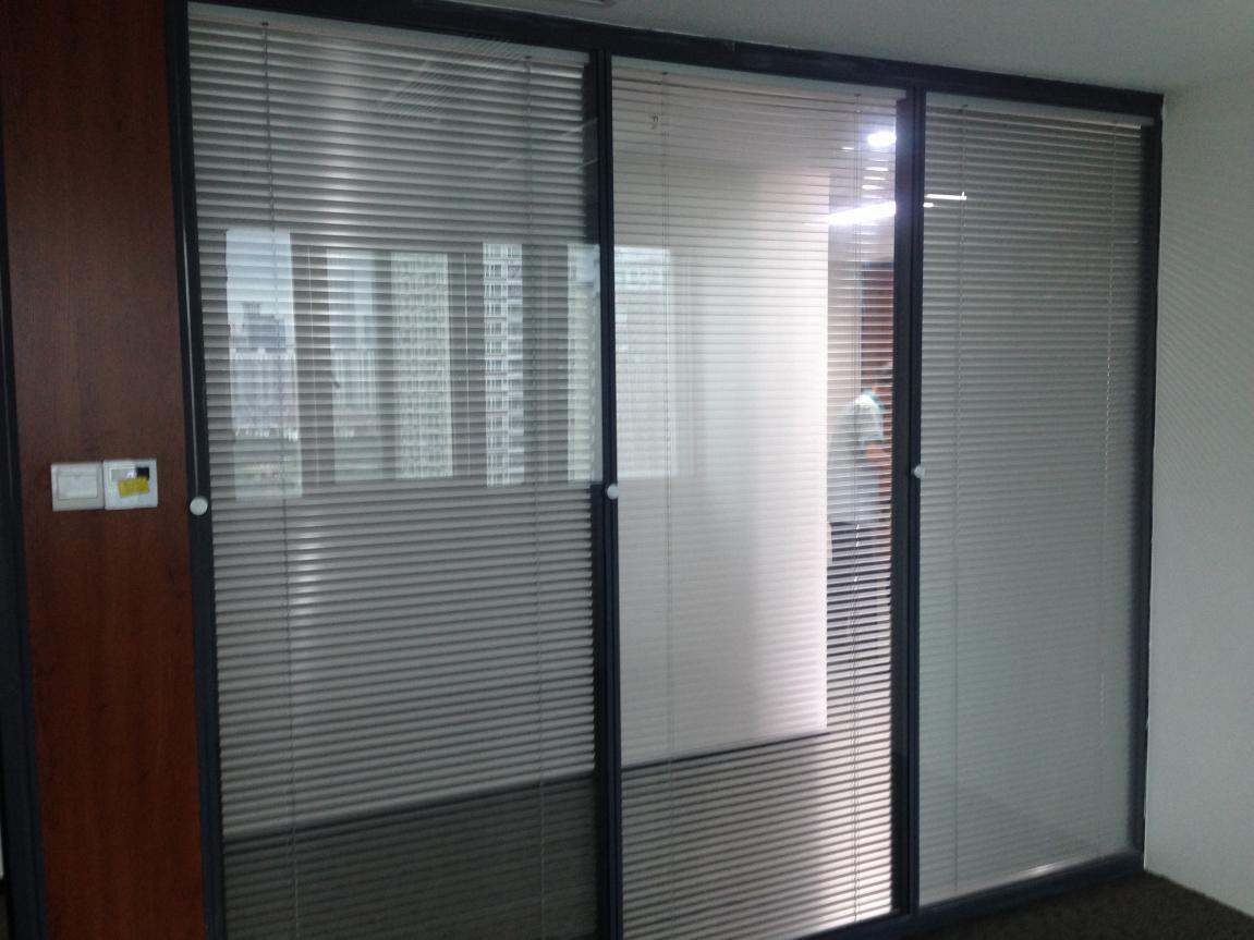 中空玻璃内置百叶门窗的优点有哪些?