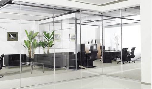 平乡玻璃隔断回收-石家庄品质回收玻璃隔断推荐