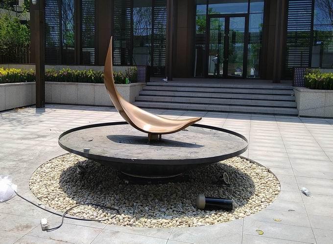 重庆玻璃钢抽象雕塑
