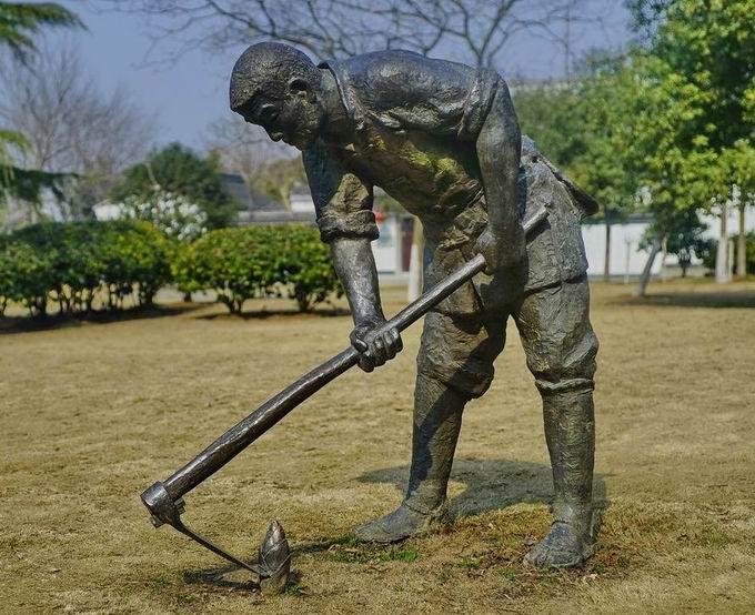重庆戈雅雕塑公司人物雕塑
