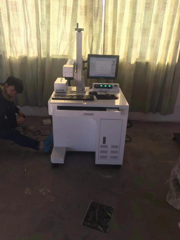 盐城市激光打标机维修激光雕刻机维修大丰激光刻字机不出光上门调试