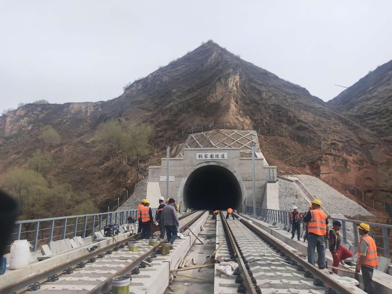 供应山东公路隧道防护门   铁路隧道防护门  高铁隧道防护门,厂家直销,价格低