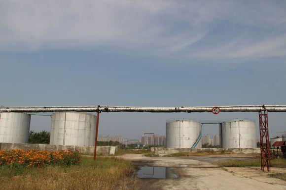 免费供样 环保溶剂油D30脱芳脱硫清洗干净快速