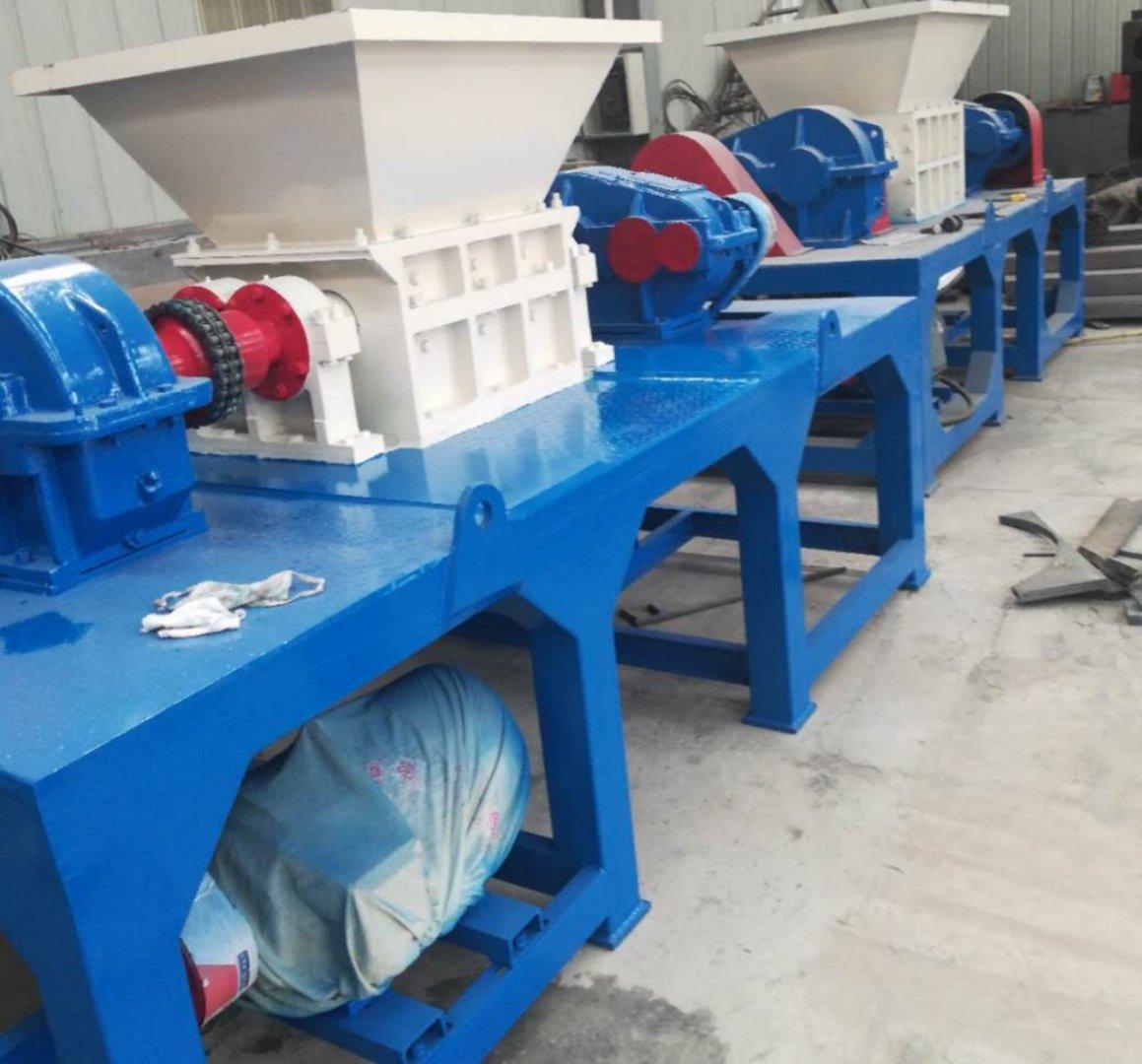河南郑州塑料管材撕碎机  中型金属撕碎机设备 规格全价格低