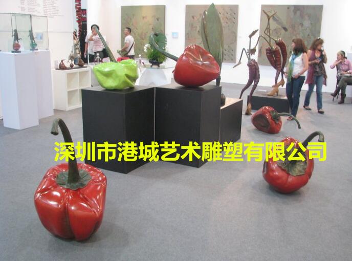 城市街道装饰辣椒雕塑 仿真蔬菜玻璃钢辣椒雕塑