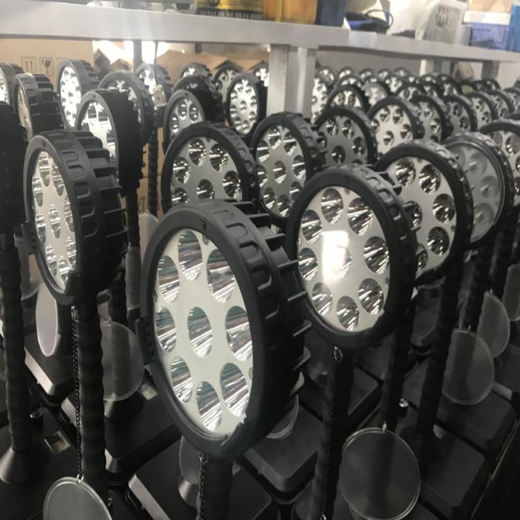 輕便式多功能強光燈SR-140移動式強光工作燈3燈珠帶磁
