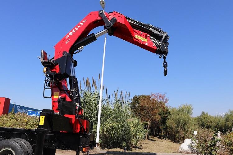 徐工80噸折臂吊多少錢  折臂吊工作視頻 折臂吊好還是直臂