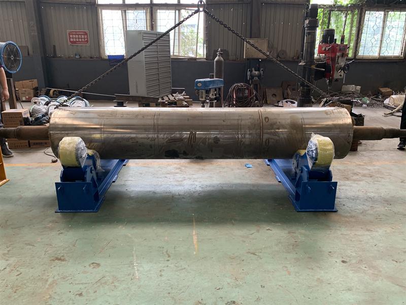 聊城廠家100噸焊接滾輪架大型罐體焊接架