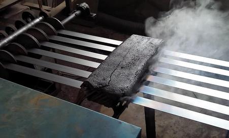 打包钢带,铁皮打包烤蓝钢带设备