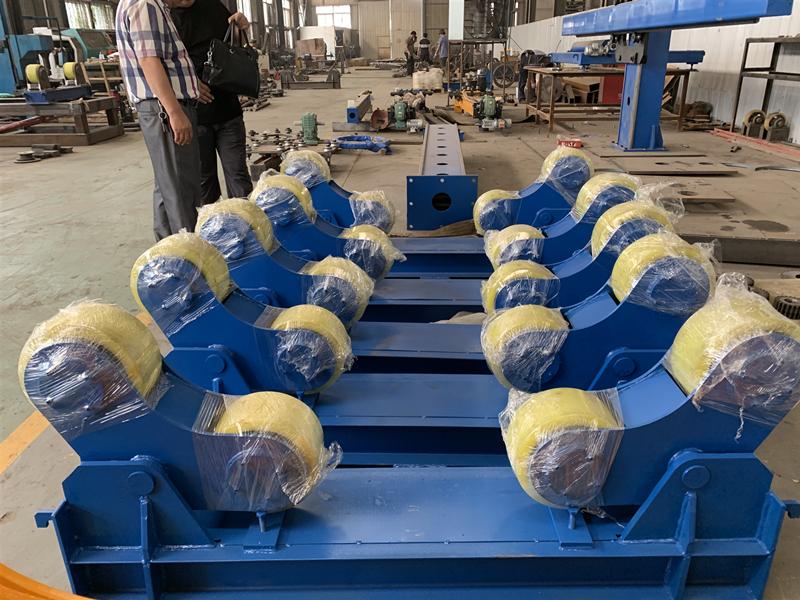 青島哪里賣組對焊接滾輪架承載5噸10噸支架