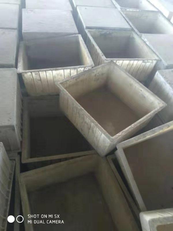 高价回收各种型号规格塑料模具*模盒/模具*模盒回收