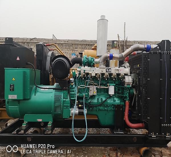 400KW二手柴油发电机组玉柴原装机器闲置出让九成新