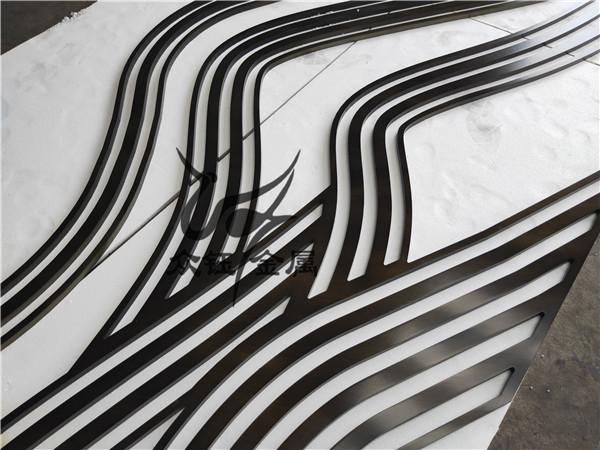 茶餐厅景墙装饰10mm铝雕山形背景墙格栅效果美呆了