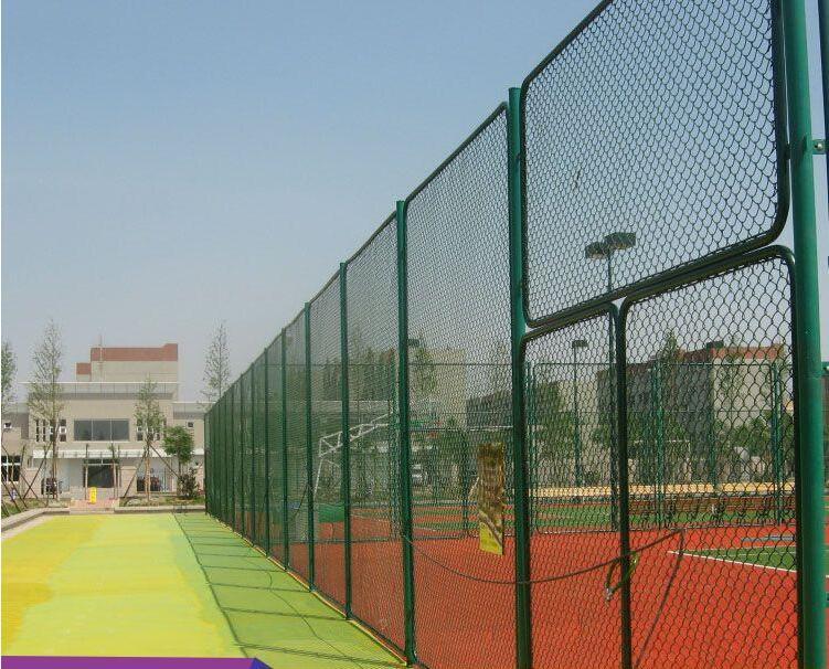 广西宁明学校运动场口字型围网建设