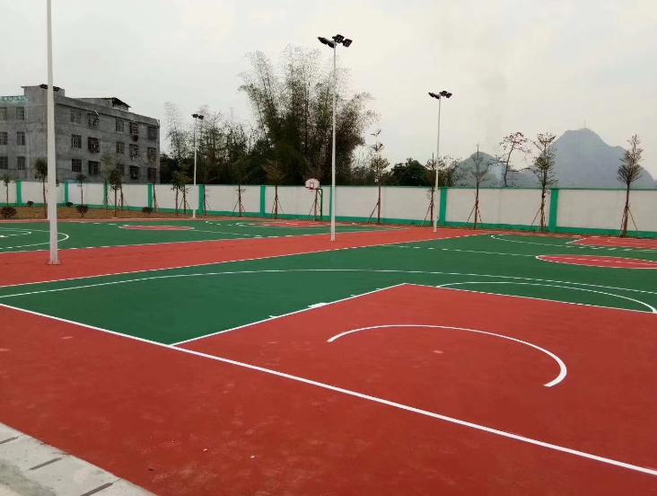 南宁篮球场球场刷漆-天富网址平台登录注册地板铺设丙烯酸球场环保美观