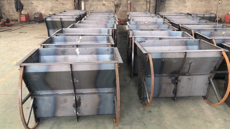 河北旭群混凝土隔離鋼墩模具的使用與維護