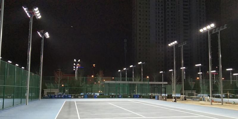 网球场如何选择照明灯具,室内外网球场照明专用灯具如何布置?