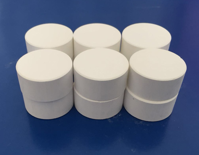 常年供应各种规格的真空氧化锆镀膜材料