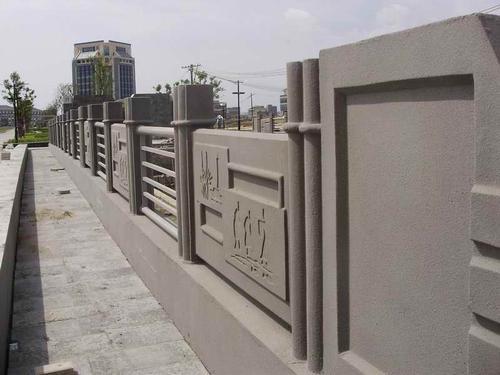 安徽仿木欄桿廠家定制,選擇水泥仿木欄桿如何判斷其品質好壞呢?
