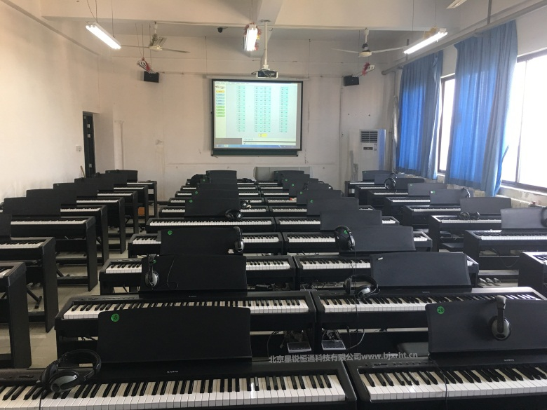 智慧音乐创新及创客教室建设 北京星锐恒通