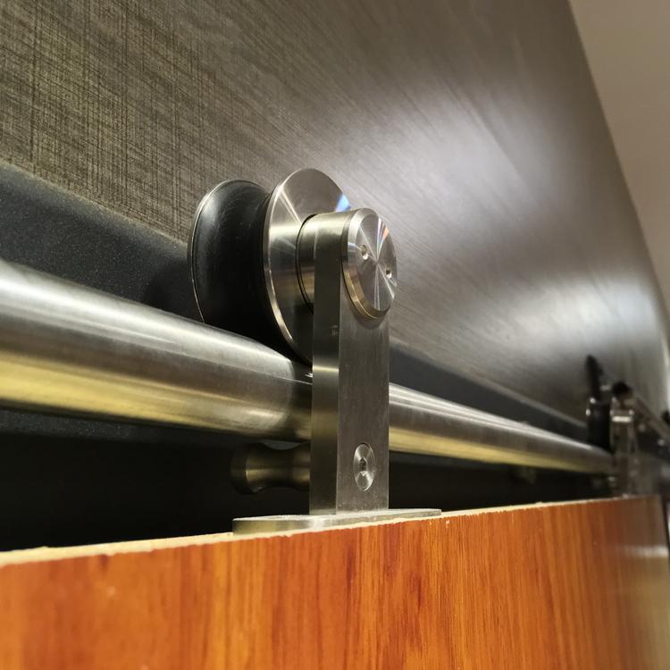 暢銷花鍵不銹鋼滑輪德國品質谷倉門吊輪15C酒店工程美式谷倉門滑輪