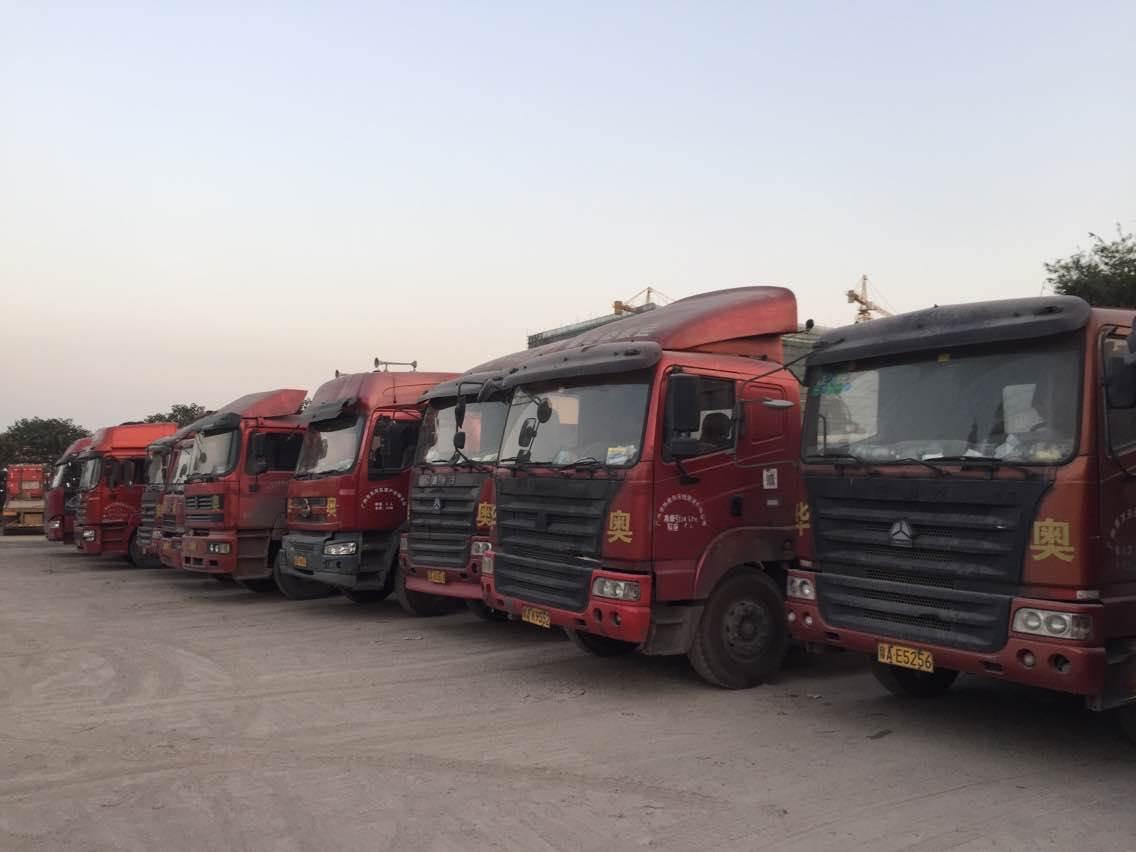 十一年团队,专业拖车团队专注于湛江港拖车报关