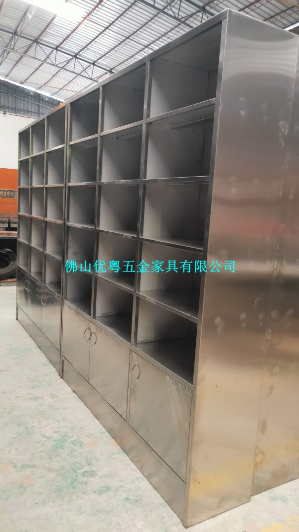 佛山不锈钢更衣柜不锈钢饭盒柜定制不锈钢储物柜厂家