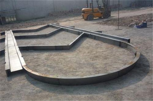 现浇拱形骨架护坡模具使用步骤/盖板模具