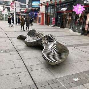 丹东塑景承制不锈钢座椅雕塑 步行街抽象椅子雕塑